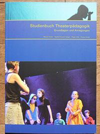 Studienbuch Theaterpädagogik