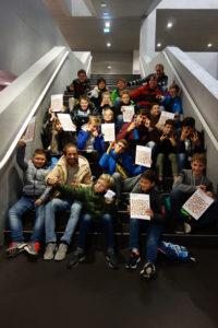 Die Schüler erhielten nach ihrem Einsatz in den Schülhäusern ein Diplom.